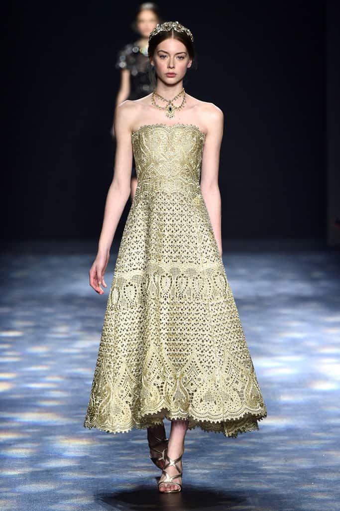 NYFW Runway - שמלות הכלה משבוע האופנה בניו יורק - Style